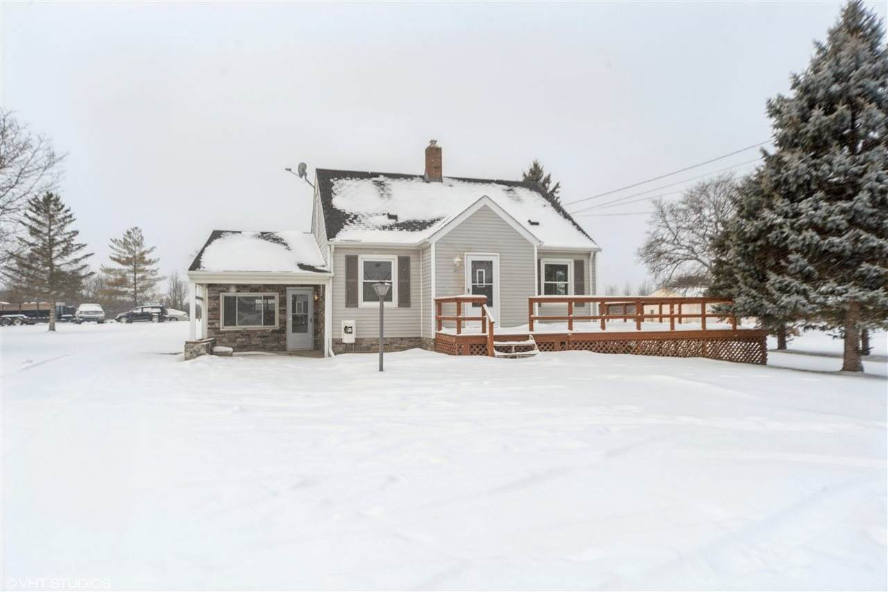 2417 State Rd - Photo 1