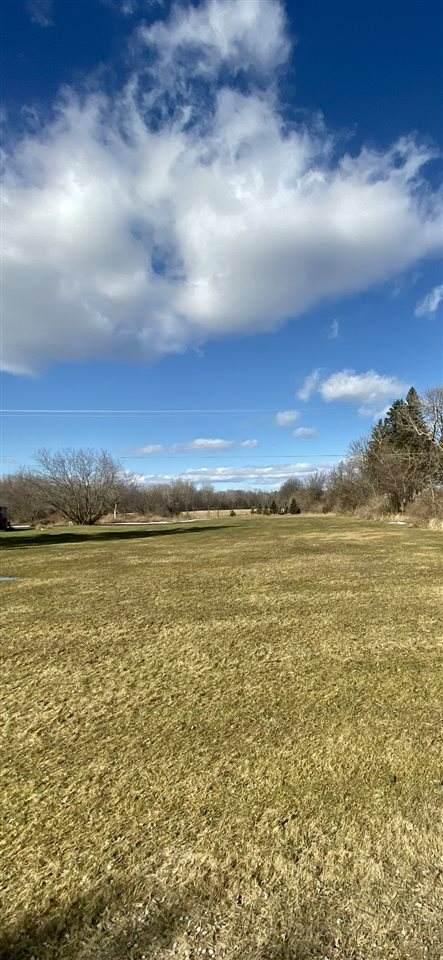 5282 Grand Blanc Rd, Swartz Creek, MI 48473 (MLS #50035334) :: The BRAND Real Estate
