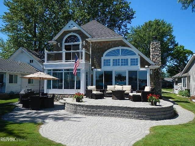 1186 North Channel, Harsens Island, MI 48028 (MLS #50035471) :: The BRAND Real Estate