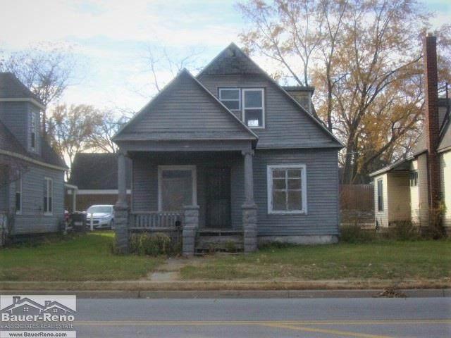 1711 24th St, Port Huron, MI 48060 (MLS #50055625) :: The BRAND Real Estate