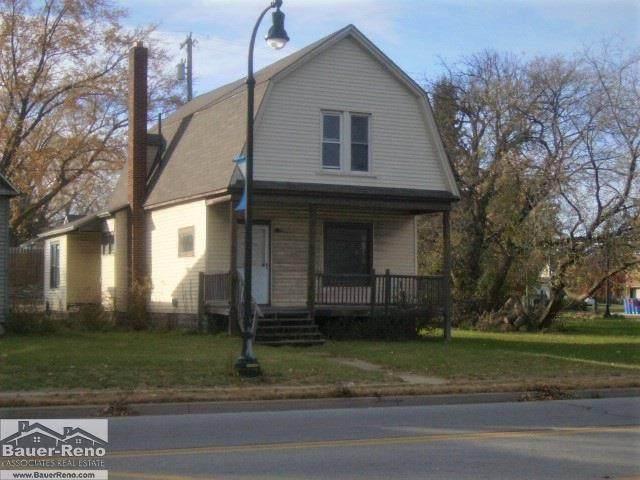 1709 24th St, Port Huron, MI 48060 (MLS #50055627) :: The BRAND Real Estate