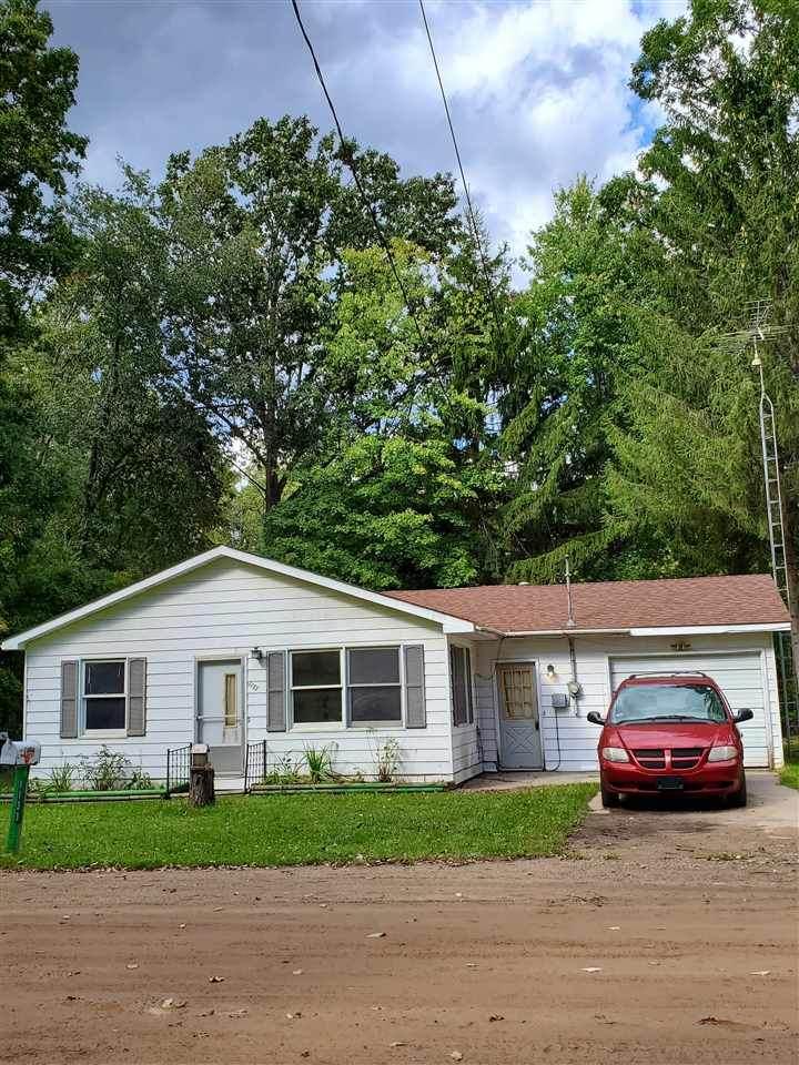 1133 Maplewood - Photo 1