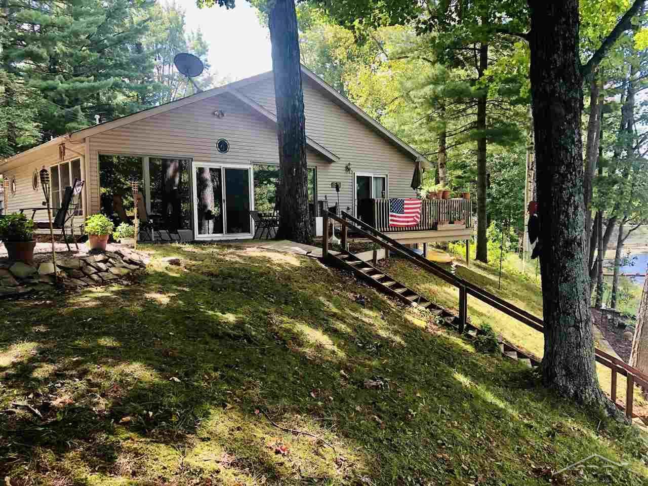 2455 Tittabawassee Ave - Photo 1