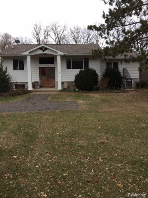 15195 Seymour Rd, Linden, MI 48451 (MLS #217104588) :: The John Wentworth Group