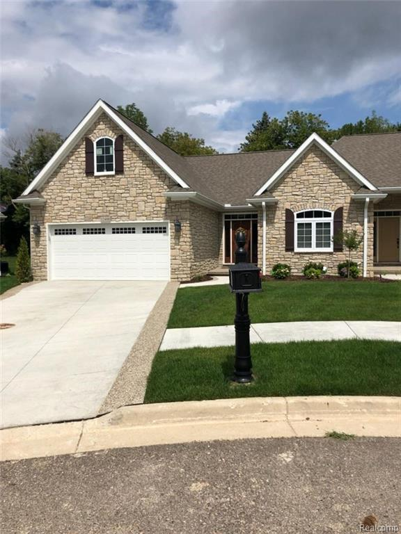 12330 Worthington Crt, Grand Blanc, MI 48439 (MLS #218079742) :: The Tom Lipinski Team at Keller Williams Lakeside Market Center