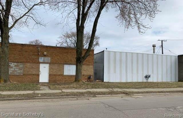13546 Auburn, Detroit, MI 48223 (MLS #2200038491) :: The Tom Lipinski Team at Keller Williams Lakeside Market Center