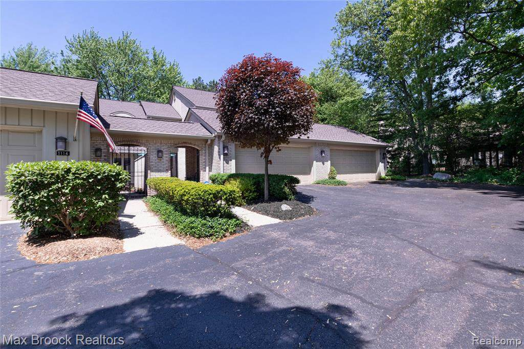 1112 Timberview Trl - Photo 1