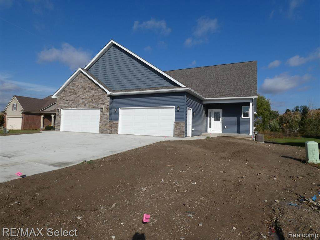 2376 Waterford Way - Photo 1