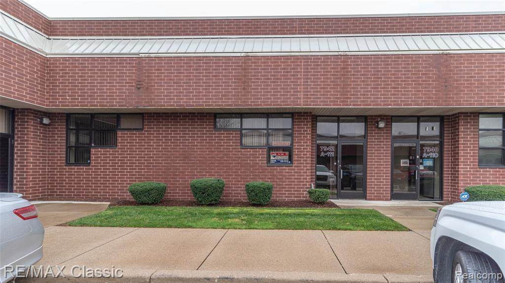 7942 Lilley Rd - Photo 1