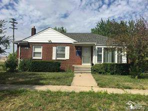 13112 Trenton Rd, Southgate, MI 48195 (MLS #2210008938) :: Kelder Real Estate Group