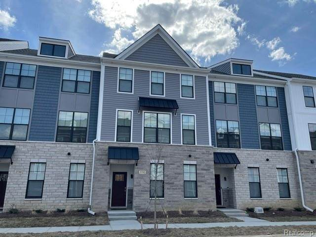 2708 S Spurway Dr Unit#127, Ann Arbor, MI 48105 (MLS #2210018914) :: The BRAND Real Estate
