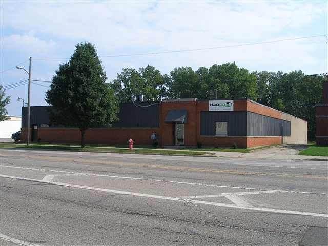 407 N Jackson, Jackson, MI 49201 (MLS #202100729) :: The BRAND Real Estate