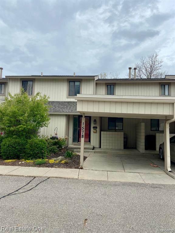 1578 Charter Oak Dr Unit#111-Bldg#1, Rochester Hills, MI 48309 (MLS #2210033191) :: The Tom Lipinski Team at Keller Williams Lakeside Market Center