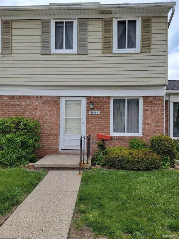 16369 Brittany Dr Unit#43-Bldg#7, Roseville, MI 48066 (MLS #2210034180) :: The BRAND Real Estate