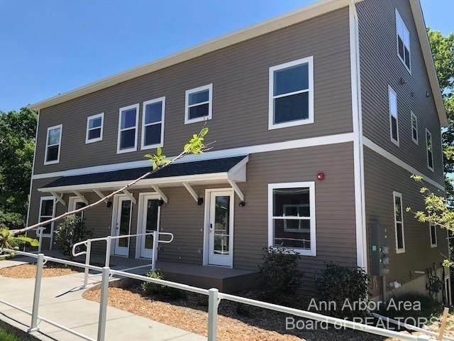 560 Little Lake Drive #39, Ann Arbor, MI 48103 (MLS #3281622) :: Kelder Real Estate Group