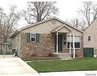 571 E Dallas Ave, Madison Heights, MI 48071 (MLS #2210050529) :: Kelder Real Estate Group