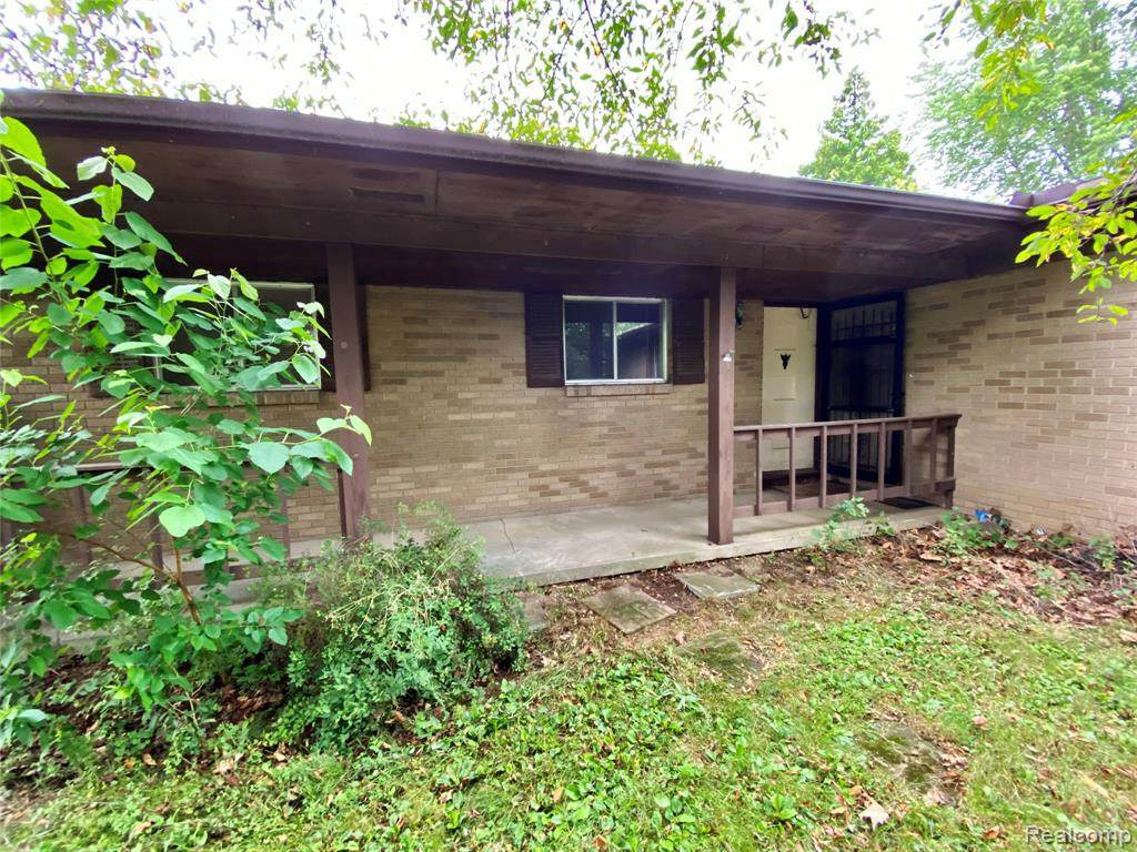 441 Meade Dr - Photo 1