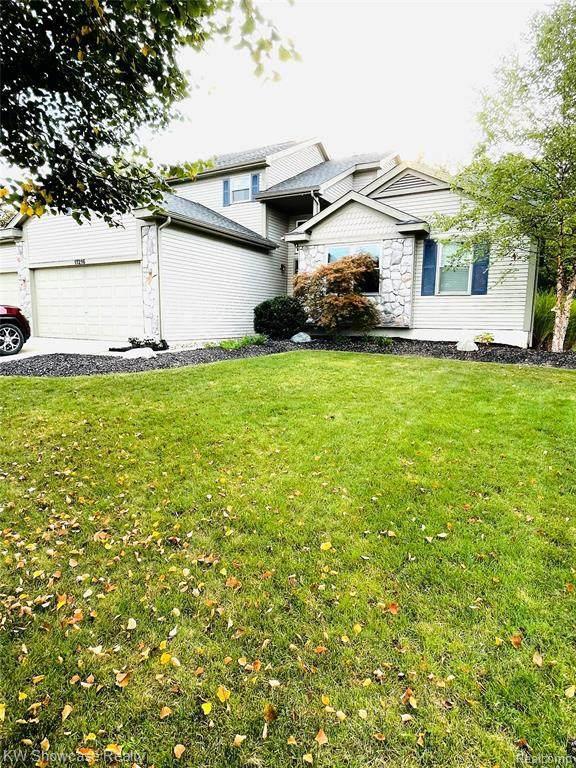 11216 Matthew Lane, Hartland, MI 48353 (MLS #2210080295) :: The BRAND Real Estate