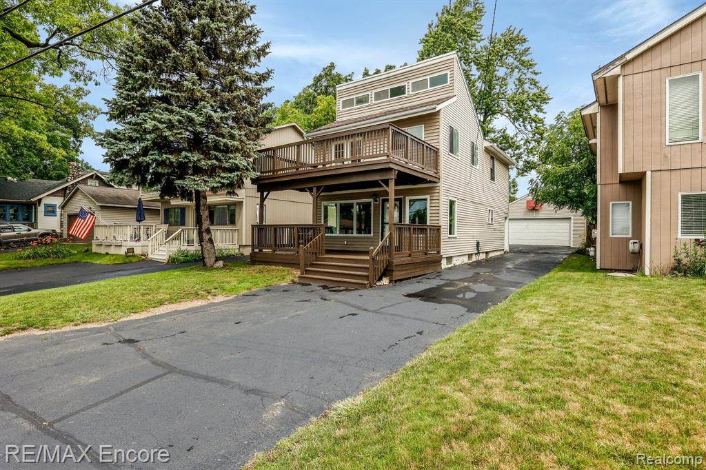 7238 Andersonville Rd - Photo 1