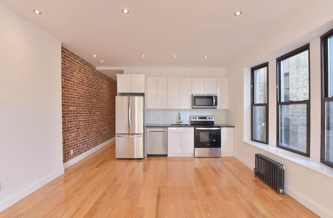 640 139th Street - Photo 1