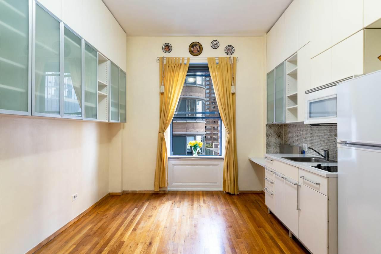 140 69TH Street - Photo 1