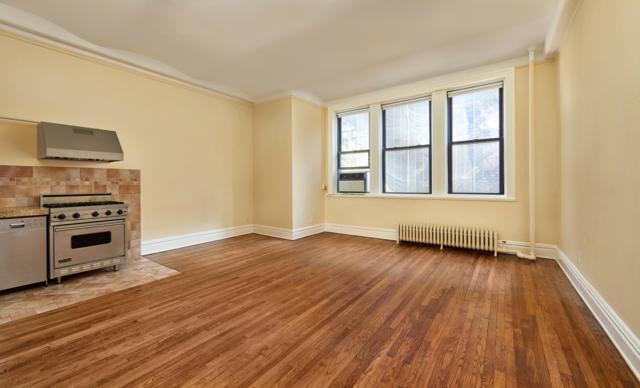 1 Sheridan Sq 3C, Manhattan, NY 10014 (MLS #NEST-78933) :: RE/MAX Edge