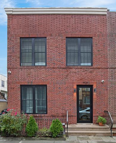 19-24 22ND Dr, QUEENS, NY 11105 (MLS #NEST-81076) :: RE/MAX Edge