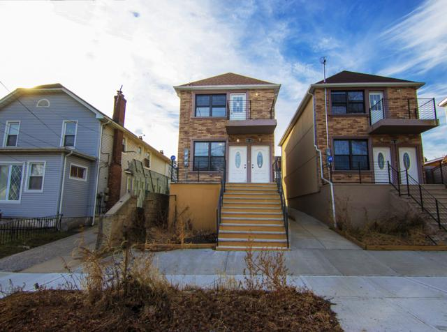 100-40 200TH St House, QUEENS, NY 11423 (MLS #NEST-84431) :: RE/MAX Edge