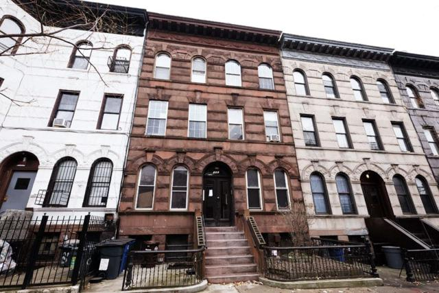 530 Chauncey St, Brooklyn, NY 11233 (MLS #RLMX-00382003206360) :: The Napolitano Team at RE/MAX Edge
