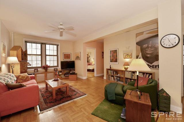 1100 Grand Concourse 2H, NEW YORK, NY 10456 (MLS #RLMX-00504002517057) :: The Napolitano Team at RE/MAX Edge