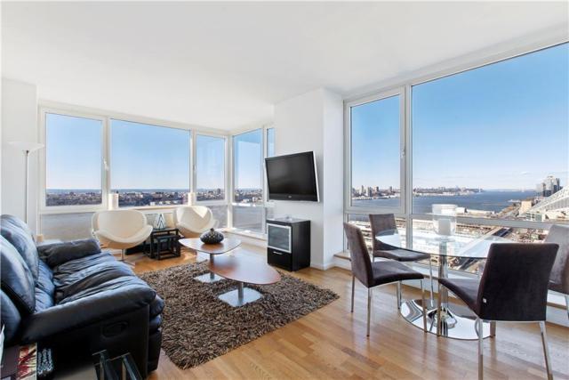 635 W 42ND St 20F, New York City, NY 10036 (MLS #RPLU-641313252869) :: RE/MAX Edge