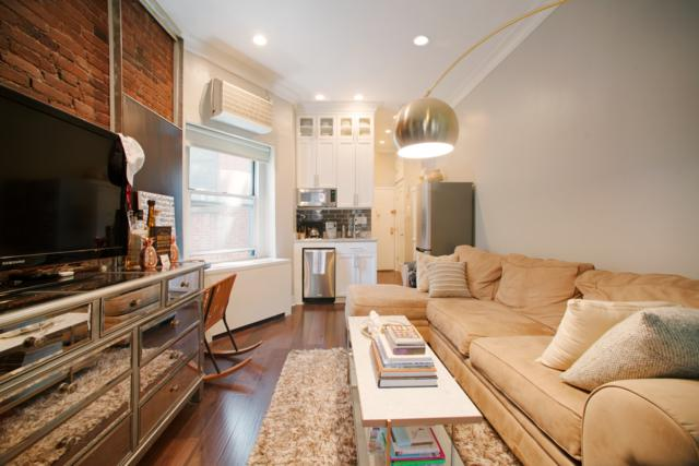 77 Perry St 2D, Manhattan, NY 10014 (MLS #NEST-73686) :: RE/MAX Edge