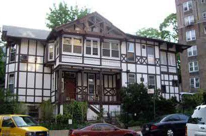 50 Fort Charles Pl House, Manhattan, NY 10463 (MLS #NEST-83380) :: RE/MAX Edge