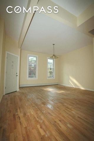 1343 Greene Ave, Brooklyn, NY 11237 (MLS #OLRS-0069330) :: RE/MAX Edge