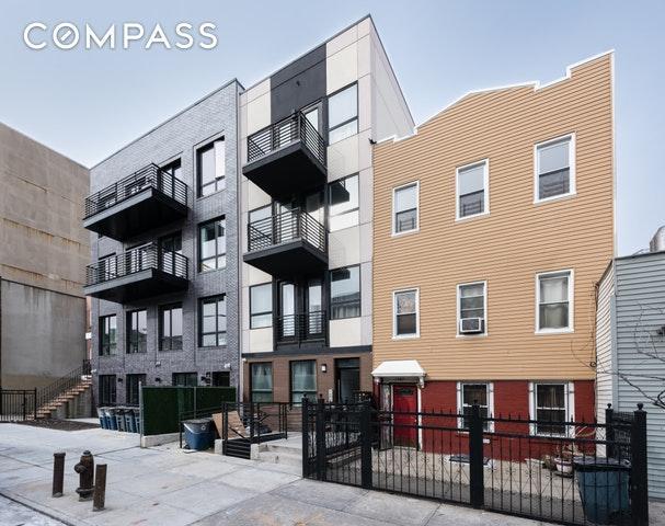 1187 Gates Ave, Brooklyn, NY 11221 (MLS #OLRS-0075153) :: RE/MAX Edge