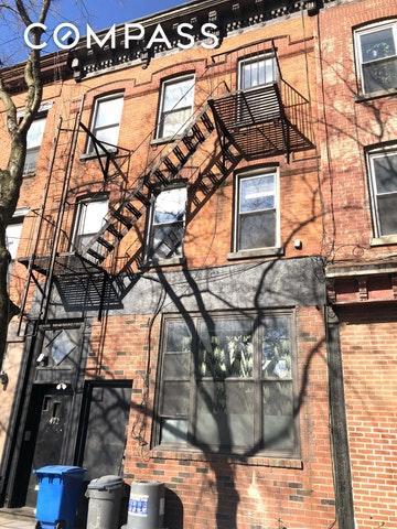 472 Smith St, Brooklyn, NY 11231 (MLS #OLRS-0075488) :: RE/MAX Edge