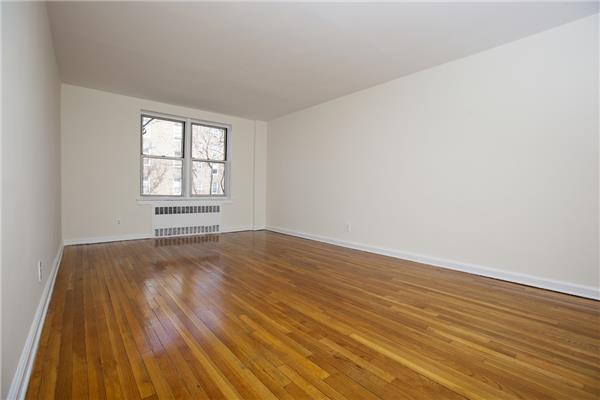 65-05 Yellowstone Blvd 3-D, QUEENS, NY 11375 (MLS #OLRS-1737256) :: The Napolitano Team at RE/MAX Edge
