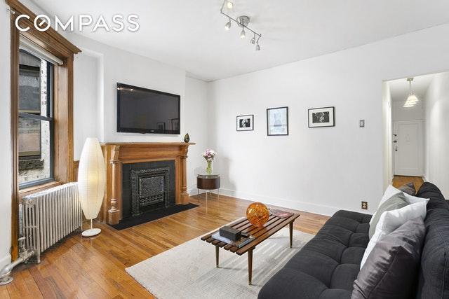 673 Vanderbilt Ave C-3, Brooklyn, NY 11238 (MLS #OLRS-1805060) :: RE/MAX Edge