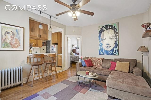 64-09 39th Ave #33, QUEENS, NY 11377 (MLS #OLRS-1701390) :: The Napolitano Team at RE/MAX Edge