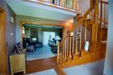 105 Waters Dr - Photo 3