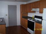 425 Hall St - Photo 3