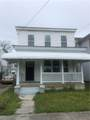 928 Holladay St - Photo 1