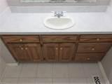 10467 Stallings Creek Dr - Photo 32