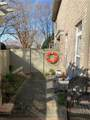 1100 Embassy Ct - Photo 11