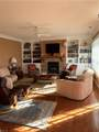 1100 Embassy Ct - Photo 4