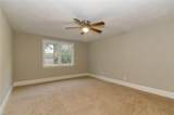 2313 Sterling Point Dr - Photo 18