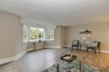 2313 Sterling Point Dr - Photo 2