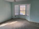 405 White Oak Ln - Photo 11