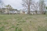 1641 Skiffes Creek Cir - Photo 29