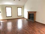 1096 Northvale Dr - Photo 13